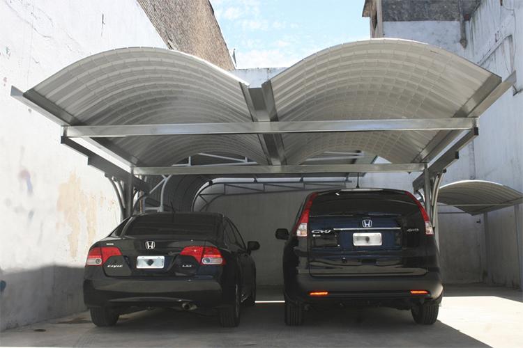 Curvin cubre cochera camel for Modelos techos para garage